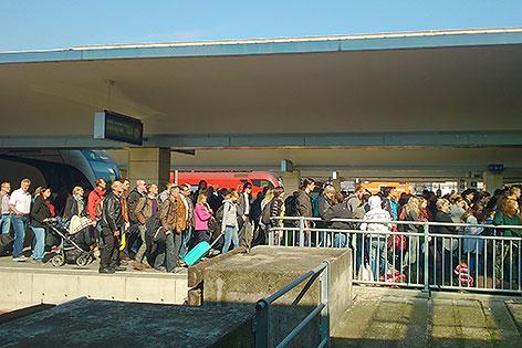 Flüchtlingsdrehscheibe Westbahnhof