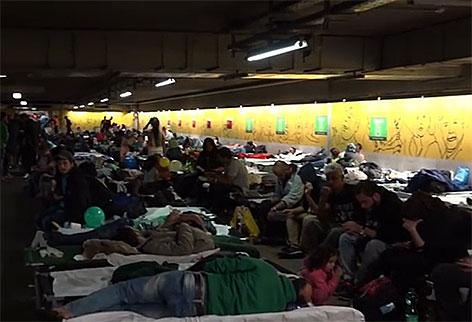 Tiefgarage Bahnhof Flüchtlinge Asylsuchende
