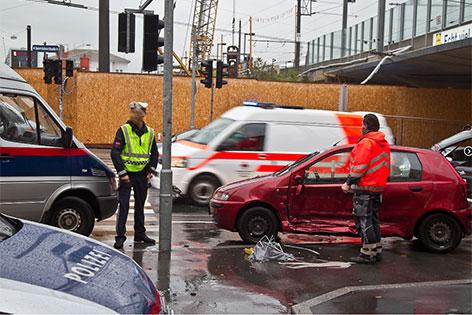 Polizeiauto Unfall