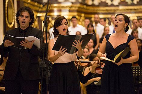 Sänger beim Mozartfestival des Internationalen Stiftung Mozarteum in Havanna