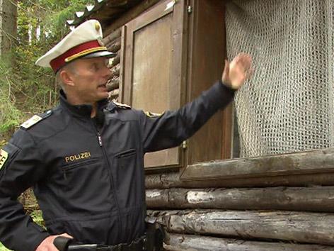 Axt Polizist verletzt Feldkirchen Waldhütte