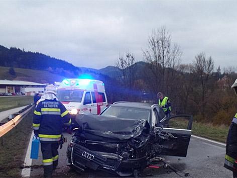 Unfall Straßburg B317 Fahrezugüberschlag neun Verletzte Kleinbus