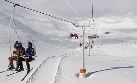 Skilift Lift Seilbahn Iran Teheran Skifahren Ski Snowboard