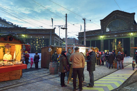 Adventmarkt im Verkehrsmuseum Remise