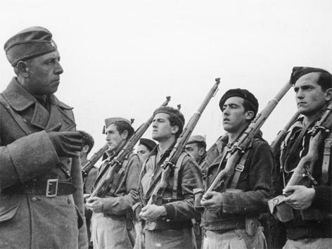 """Ausbildung franquistischer Soldaten durch die """"Legion Condor"""""""