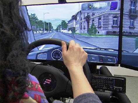Autosimulator Fahrschule Fahrschüler