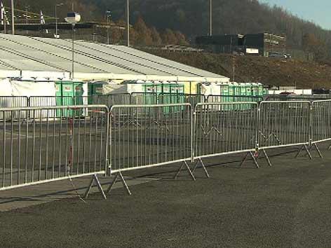 Grenze Spielfeld Flüchtlinge