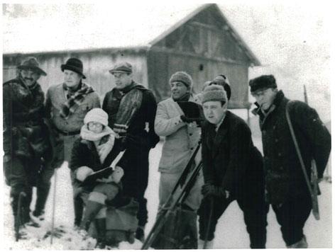 """Bilder vom Dreh des Hitchcock Films """"The Mountain Eagle"""" in Obergurgl, Herbst 1925"""