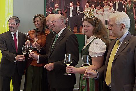 Winzer Krems präsentieren den Wiener Opernballwein