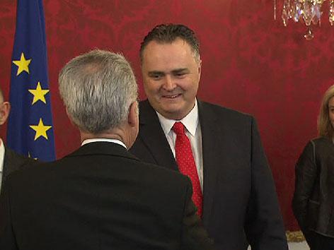 Bundespräsident Heinz Fischer und Hans Peter Doskozil