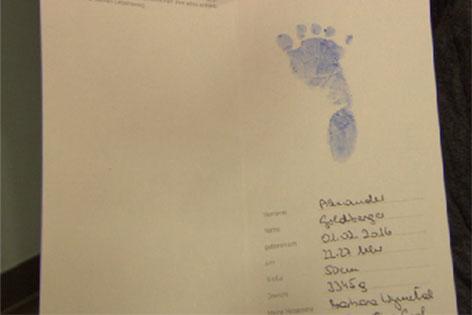 Fußabdruck des kleinen Alexander Goldberger