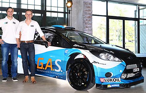 Hermann Neubauer und Bernhard Ettel Rallye Fahrer Ford Fiesta