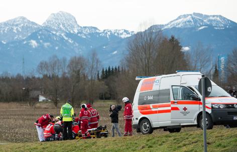 Tiroler Rettungsfahrzeug bei Rettungsarbeiten in Bayern