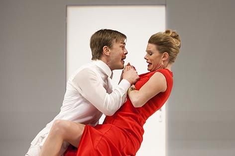 Tartuffe im Landestheater mit Albrecht Abraham Schuch und Elisa Seydel