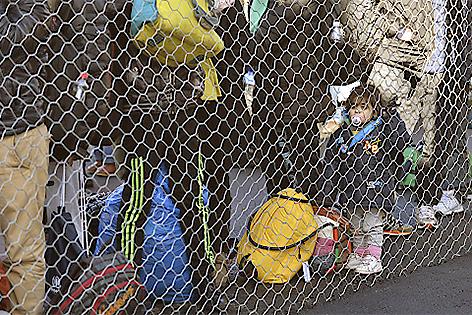 Flüchtlinge am Grenzübergang Spielfeld