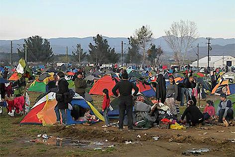 Flüchtlinge im März 2016 in einem Flüchtlingscamp in Idomeni an der griechisch-mazedonischen Grenze