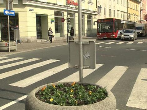 Blumentrog in der Innenstadt