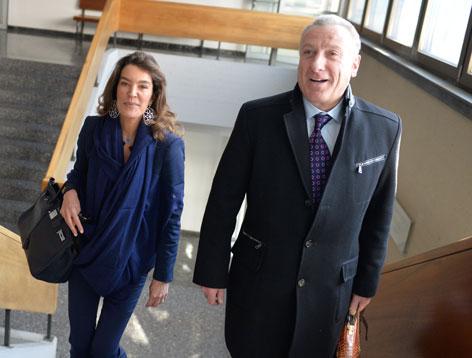 Fiona Pacifico Griffini-Grasser mit ihrem Anwalt Hermann Holzmann