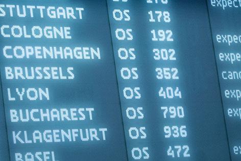 Anzeigentafel Flughafen Schwechat