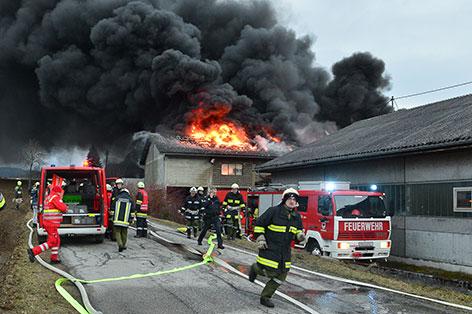 Feuerwehr bei Löscheinsatz in Windhaag bei Freistadt