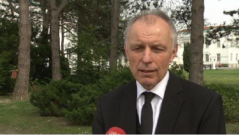 Volksgruppenbeiratgsvorsitzender für Tschechen Karl Hanzl