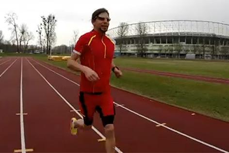 Blinder Marathonläufer