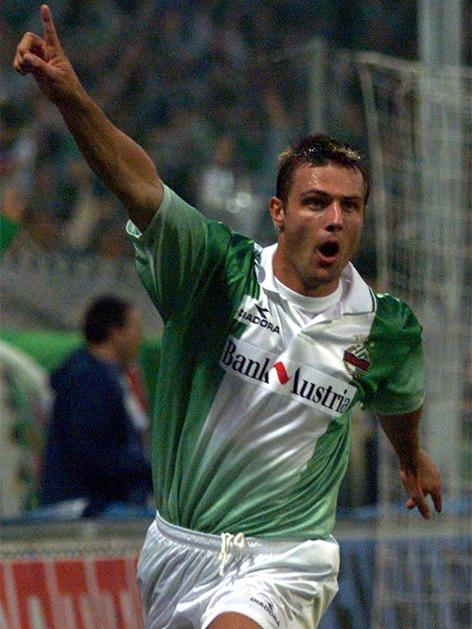 Rene Wagner beim Torjubel bei Rapid im Jahr 1998 im UEFA-Cup