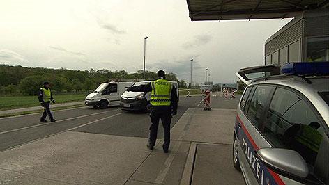Grenzkontrolle durch Polizei