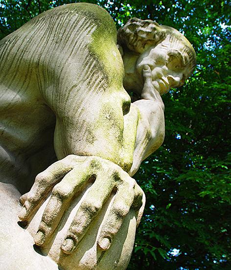 Josef Thoraks Paracelsus im Salzburger Kurpark