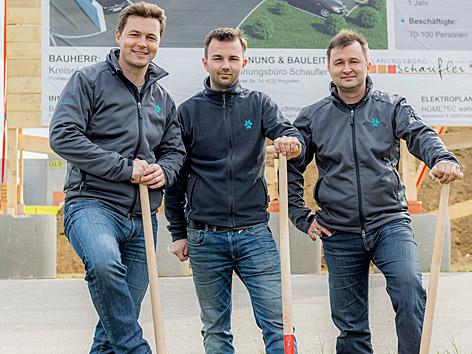 Batterienspezialist Kreisel Electric, mit Sitz in Freistadt: Markus, Philipp und Johann jun. Kreisel (v. li)