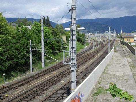 Bärensichtung Villach Gleise ÖBB Westbahnhof