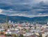 Dunkle Wolken über Linz - Swap
