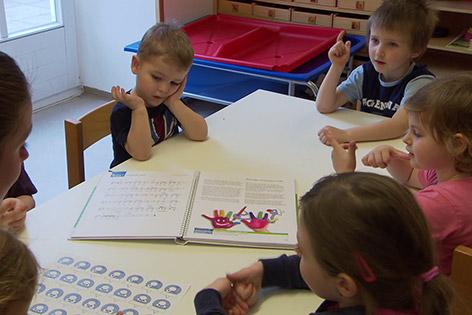 37 Millionen Euro Für Die Kinderbetreuung Noeorfat