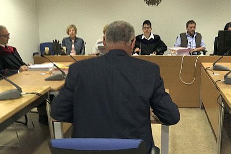 Der Ex Polizeijurist vor Gericht