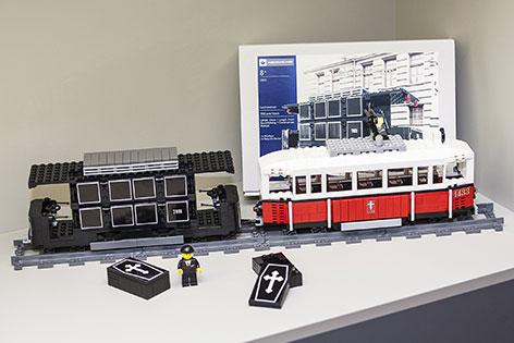 Lego Leichentram