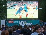 Public Viewing in der Fanzone im Salzburger Volksgarten zur Fußball EM 2016