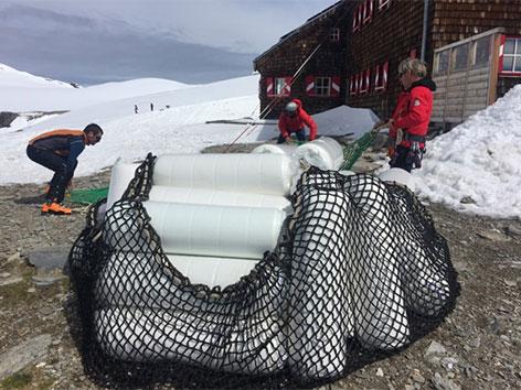 Matratzen Anlieferung im Hochgebirge