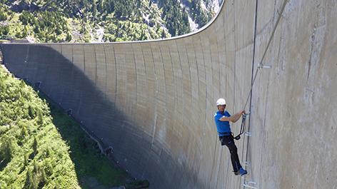Klettersteig Tirol : Erster klettersteig an einer staumauer radio tirol