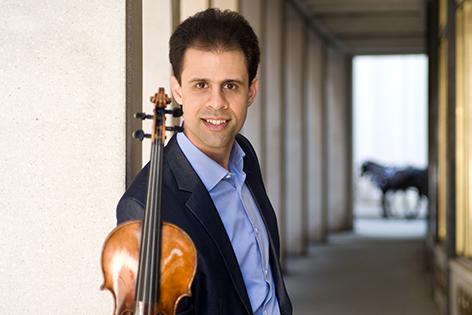 Vahid mit Geige