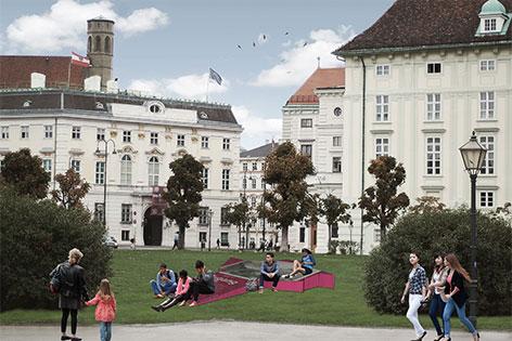 """GeschichtenOrt Hofburg, Collagen. """"Zugang zur Stadt"""", Heldenplatz (links)"""