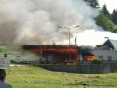 Brennendes Zollhaus 1991