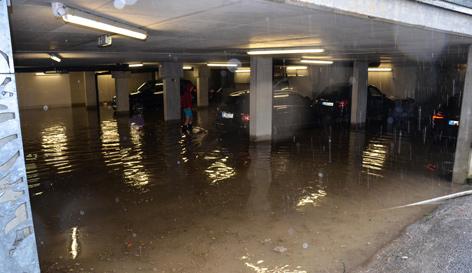 Tiefgarage unter Wasser