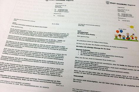 Brief des Jugendamts der Stadt Salzburg vor der Reform (links) und danach (rechts)