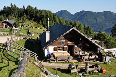 Lärchenhütte auf der Sausteigalm bei St. Gilgen