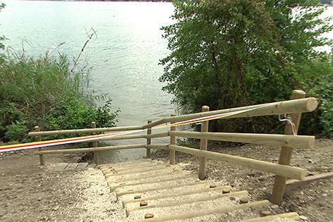 Wörthersee Seezugang frei Holzstiege Baden Zaun Privatgrund
