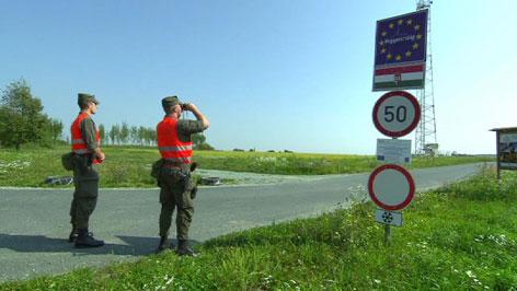 Grenzkontrollen von Bundesheer und Polizei