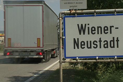 Ortstafel Wiener Neustadt
