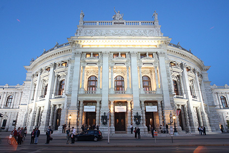 Burgtheater von außen