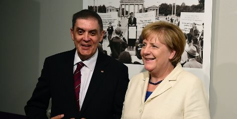Angela Merkel & Romani Rose