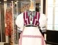 """Ausstellung im Slowakischen Institut  """"Im Trachtenstil   VyKROJenô´"""""""